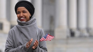 Polémica por el tuit de Trump y la legisladora musulmana