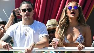 Jennifer López anima fiesta en bikini