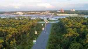 Disney operará cabinas que se deslizan por el aire