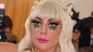 Lady Gaga lanza su línea de maquillajes