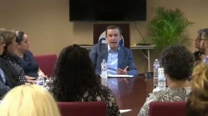 Senador comparte necesidades de Puerto Rico tras visita