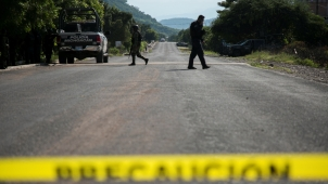 Despiden con honores a policías muertos en emboscada