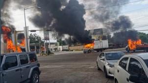 """Sinaloa arde: capturan a hijo del """"Chapo"""" y lo liberan"""