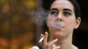 Fumar podría adelantar la menopausia