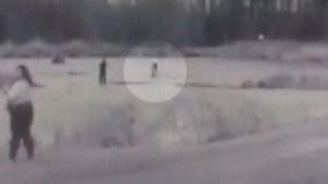En video: hielo cede y policía cae a lago congelado
