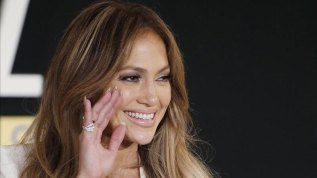 J.Lo conducirá los American Music Awards