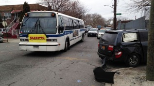 12 heridos tras accidente de bus de la MTA