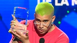 """[TLMD - LV] """"Esto apesta"""", el extraño discurso de Bad Bunny en Premios Billboard"""