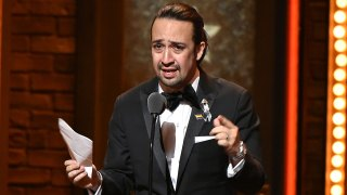 Lin-Manuel Miranda llora por las víctimas de Orlando en los premios Tony