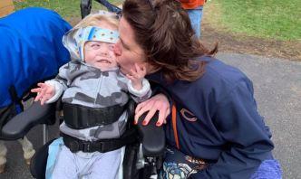 """""""Solo reía"""": niño con discapacidad fue sacado del cine"""