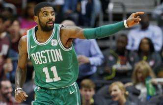 Irving lidera a los Celtics en su regreso al equipo