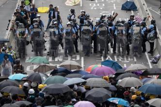 Protestas en Hong Kong se tornan violentas