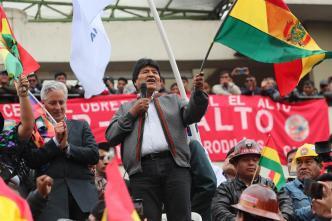 Bolivia: Morales no renuncia y oposición insiste