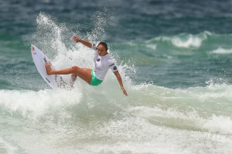 Declaran al surf deporte oficial de California