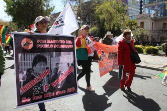Opositores bolivianos marchan para exigir transparencia en las elecciones