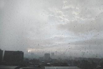 Aviso de tornado expira, fuerte tormenta continúa