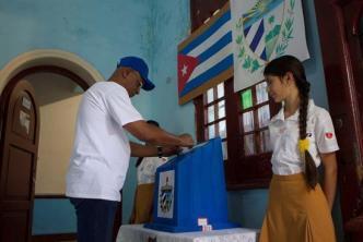 El 86,8 % de los cubanos votan sí a la Constitución