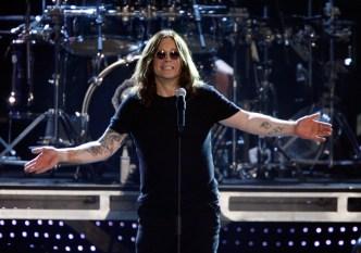 Ozzy Osbourne Pospone Conciertos. De Nuevo