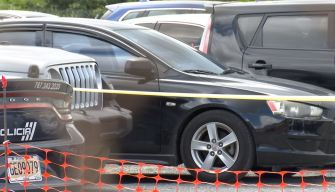 Fatal olvido: bebé muere en el carro de su papá