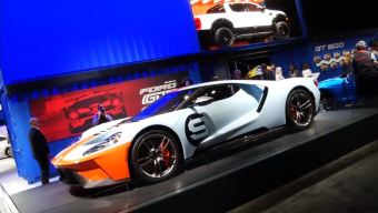 Espectaculares y flamantes vehículos en el Auto Show