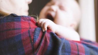 Reporte: Bebés y niños pequeños con mayor riesgo de abuso