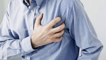 Riesgo de infarto aumenta en Nochebuena