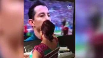 Abuelita bendice a selección mexicana
