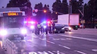 Cinco autos chocaron cerca del aeropuerto