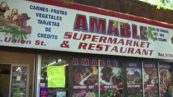 Amable Supermarket reabre tras explosiones en Lawrence
