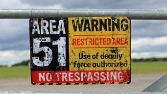 Consecuencias de invadir lugares como el Área 51