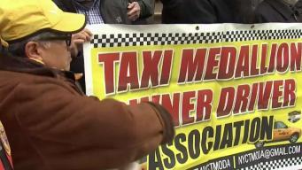 Aumento a tarifas sería desastroso para taxistas