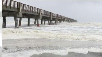 Bandas de Dorian afectando a Jacksonville en Florida