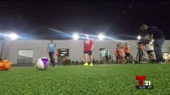 Brasileño emprededor funda academia de fútbol
