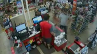 Buscan a sospechoso de robo de tarjeta de crédito
