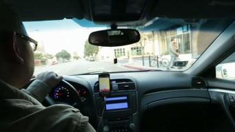 Roban vehículo a conductor de Uber Eats en Pasco