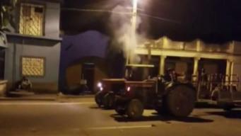 Carrera de tractores provoca apagón