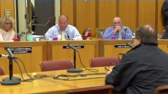 Concejo debate el futuro del alcalde de Fall River