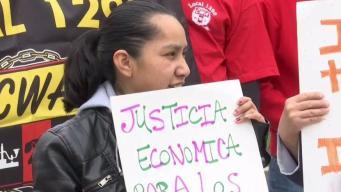 Decenas manifiestan en Hartford en día del trabajador
