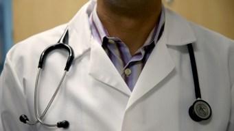 Clínica móvil ofrece servicios de salud en NYC
