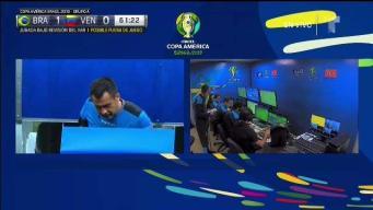 El VAR salva a Venezuela de gol de Brasil