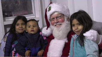 Festejan llegada de la Navidad en New Haven