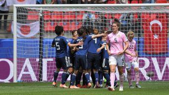 Japón sueña con la segunda fase tras vencer a Escocia