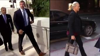 Congresista y su esposa son abucheados al llegar a corte