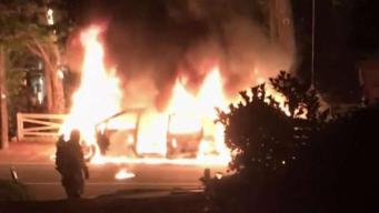 Investigan incendio de vehículos en Alexandria