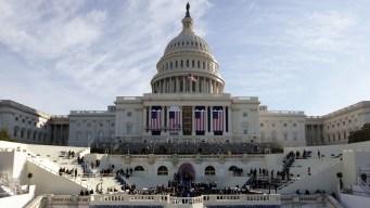 Casi 50 representantes declinan ir a investidura de Trump