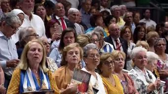 Cubanos celebran día de la Vírgen de la Caridad del Cobre