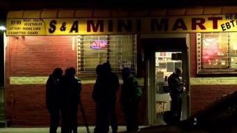 Policía investiga balacera frente a supermercado latino