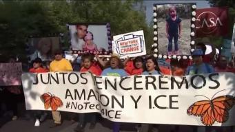 Protestan por trato a migrantes frente a oficinas de ICE