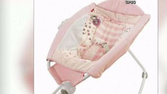 Retiran popular sillita de bebés por decenas de muertes