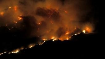 Incendio Maria destruye dos casas y 8,300 acres